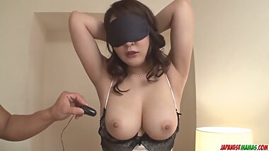 Busty Hinata Komine delights with a lot of home toy sex - Mo